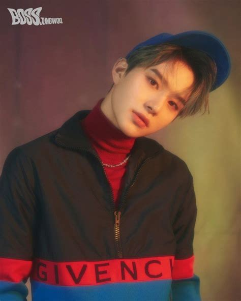 NCT U introduce 'the bosses' Taeyong, Doyoung, and Jungwoo