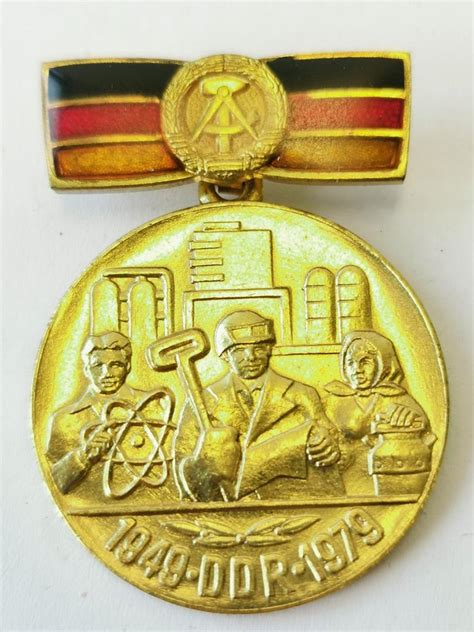 DDR Medaille 30