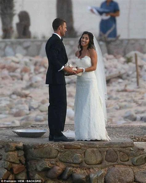 Jessica Biel attends brother's wedding with Justin