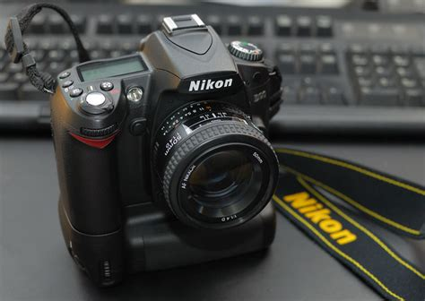 New Battery Grip   My Nikon D90 and 50mm f/1
