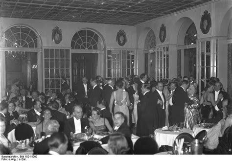 MARLENE DIETRICH AT BERLIN'S ADLON HOTEL   THE PAST AND