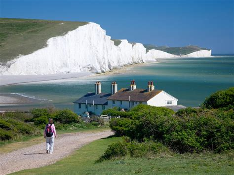 Three Easy Day Trips from London - Condé Nast Traveler