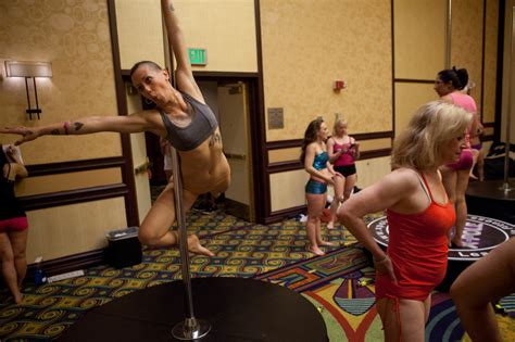 Off-Ramp® | Pole position: fitness convention straddles